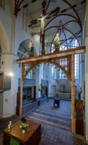 Der Chorbogen in der Stadtkirche von Gadebusch stammt aus dem Mittelalter.